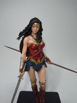 Betmenas, Supermenas Wonder Woman